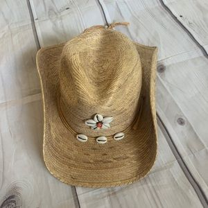 Accessories - Shell cowgirl hat
